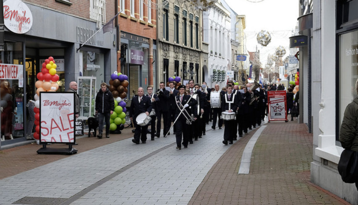 Straatoptreden Kerkelijke Harmonie Weert